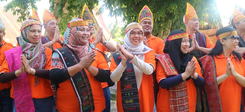 Paket Tour Medan dan Wisata Danau Toba Murah